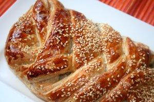 בורקס בשר ברוטב פטריות - צילום: שפרה נחום