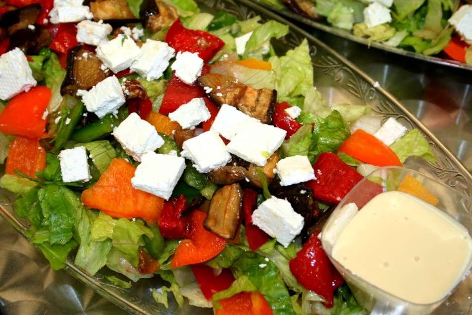 סלט ירקות בלקני