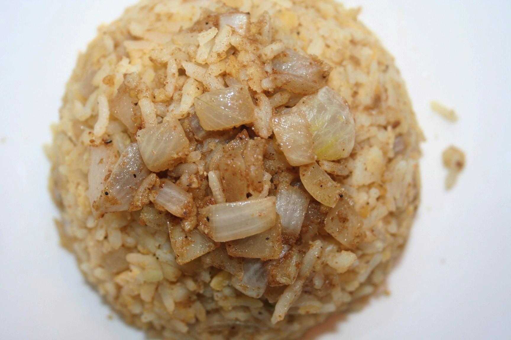 קיצ'רי – אורז עם עדשים כתומות