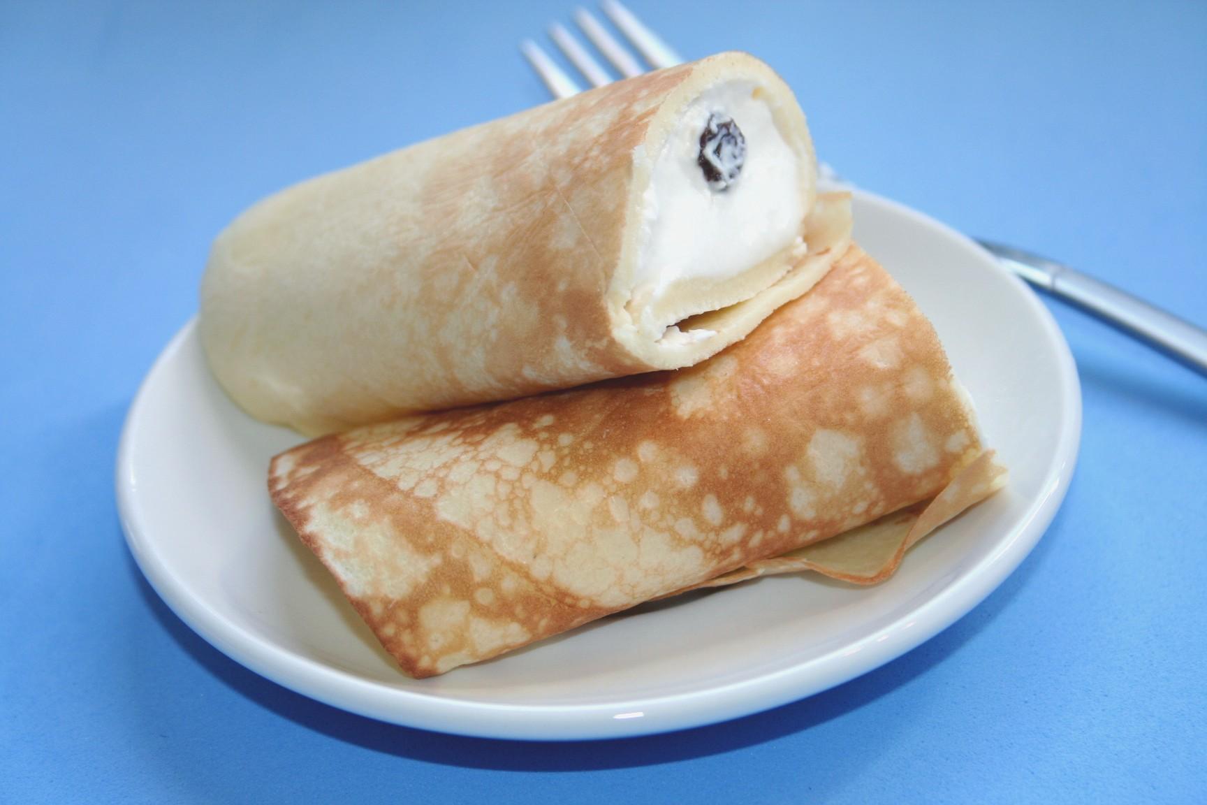בלינצ'ס עם גבינה מתוקה וצימוקים