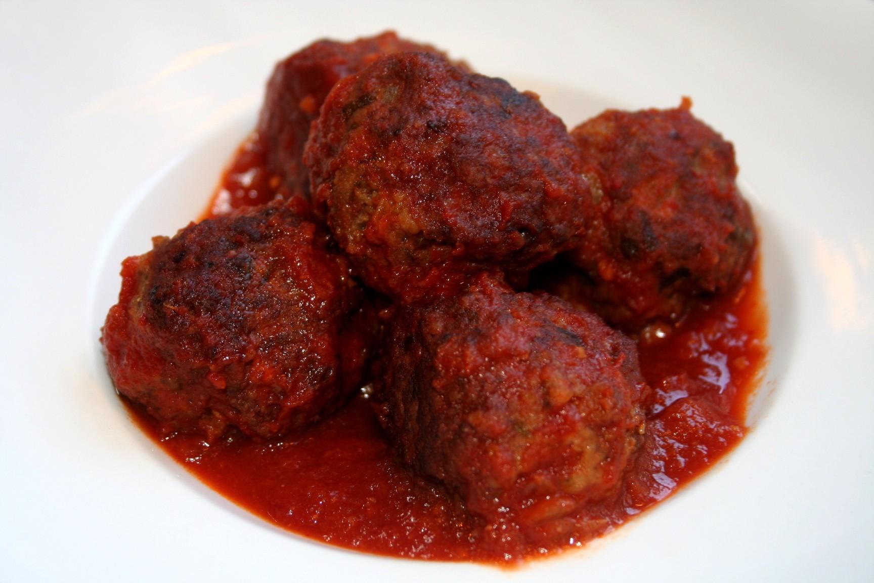 כדורוני בשר ברוטב עגבניות