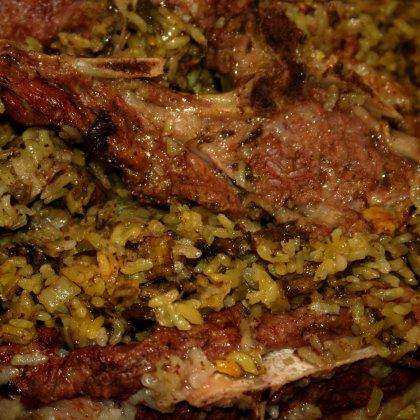 באחש – תבשיל כבש ואורז בעשבי תיבול