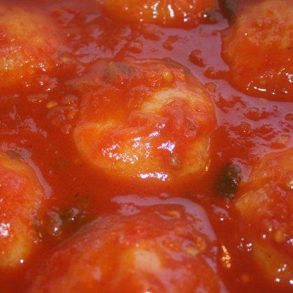 קובה סולת במרק עגבניות