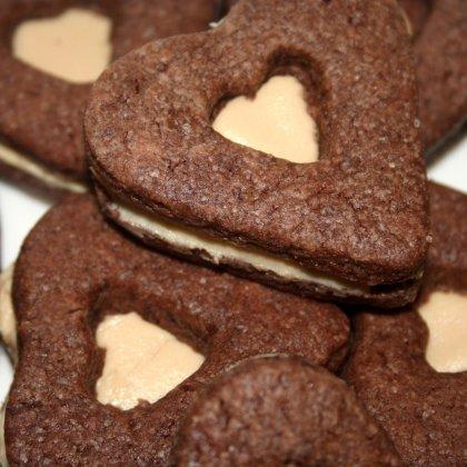 לבבות שוקולד במילוי חלבה
