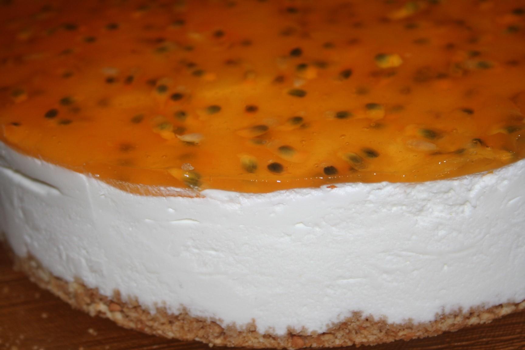 עוגת גבינה קרה עם פסיפלורה