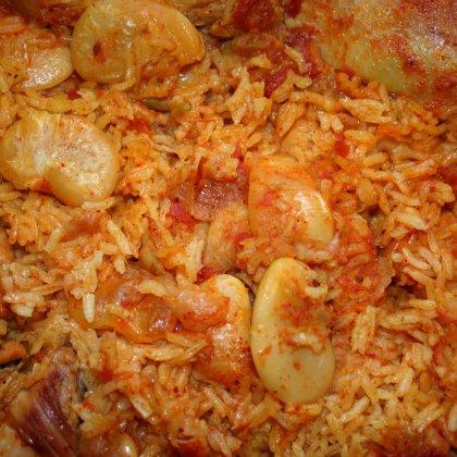 תבשיל עוף, אורז ושעועית לימה