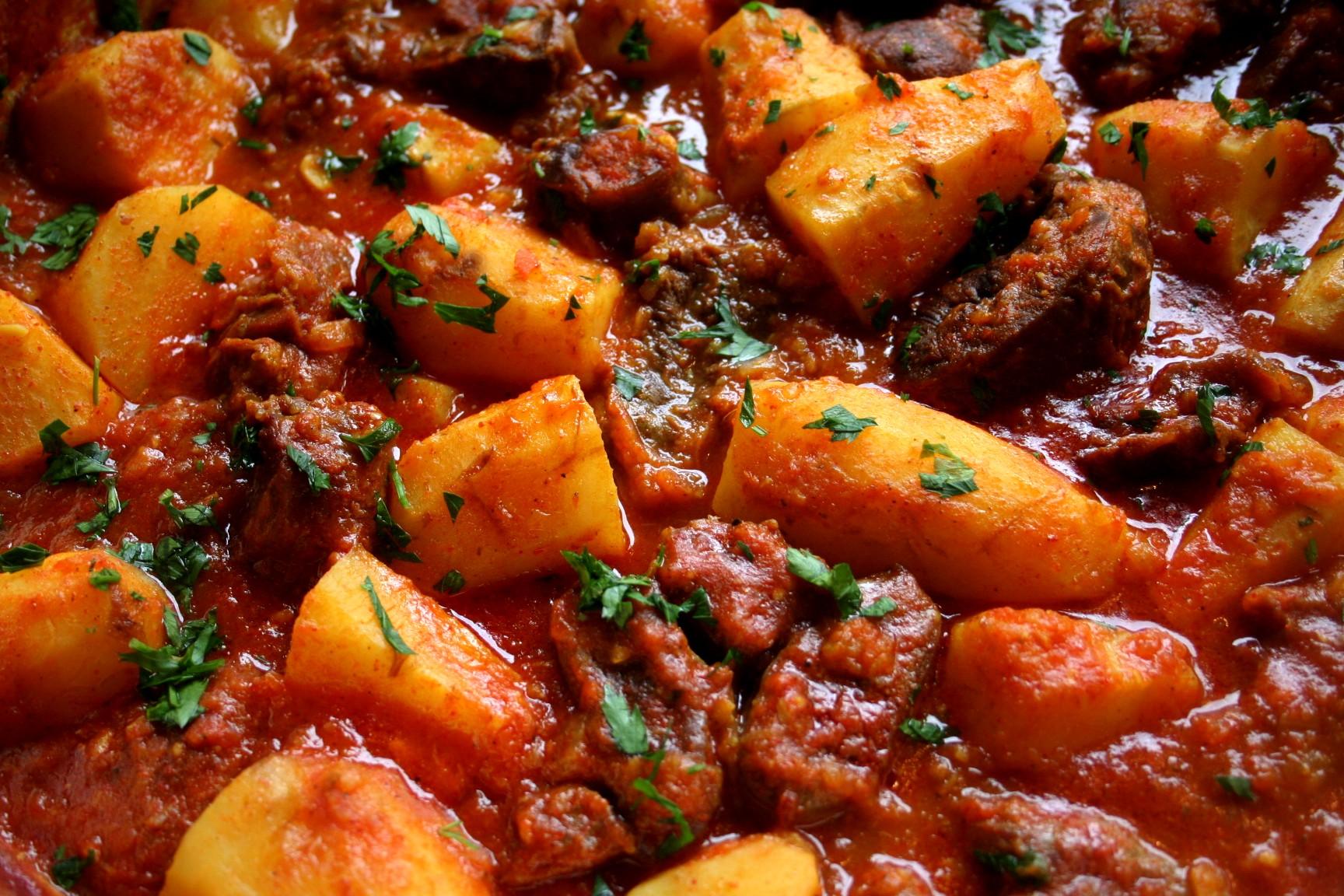 תבשיל בשר וארטישוק ירושלמי בסגנון מרוקאי