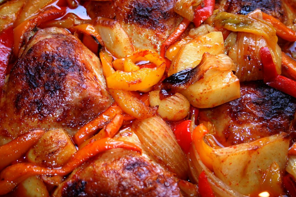 עוף מבולבל בתנור - צילום: שפרה נחום