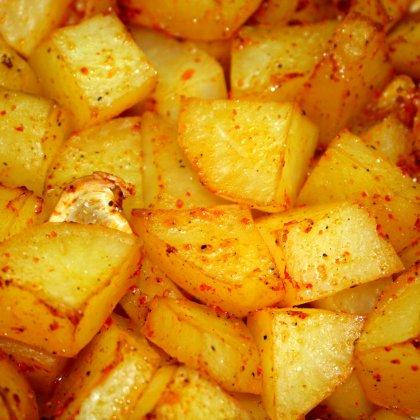 תפוחי אדמה מתובלים בתנור