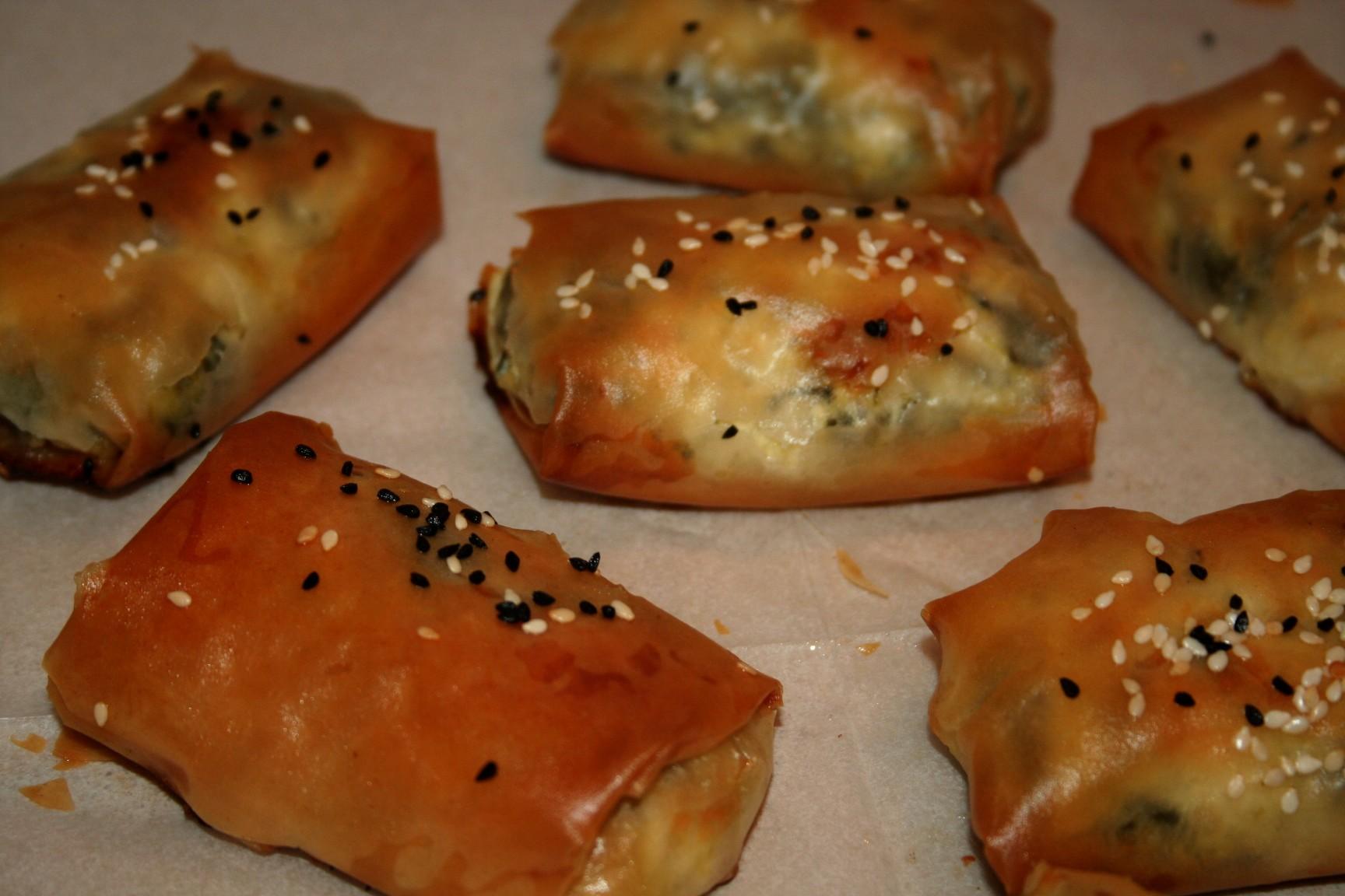 אצבעות פילו במילוי גבינה ותרד
