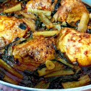 תבשיל עוף בעלי מנגולד