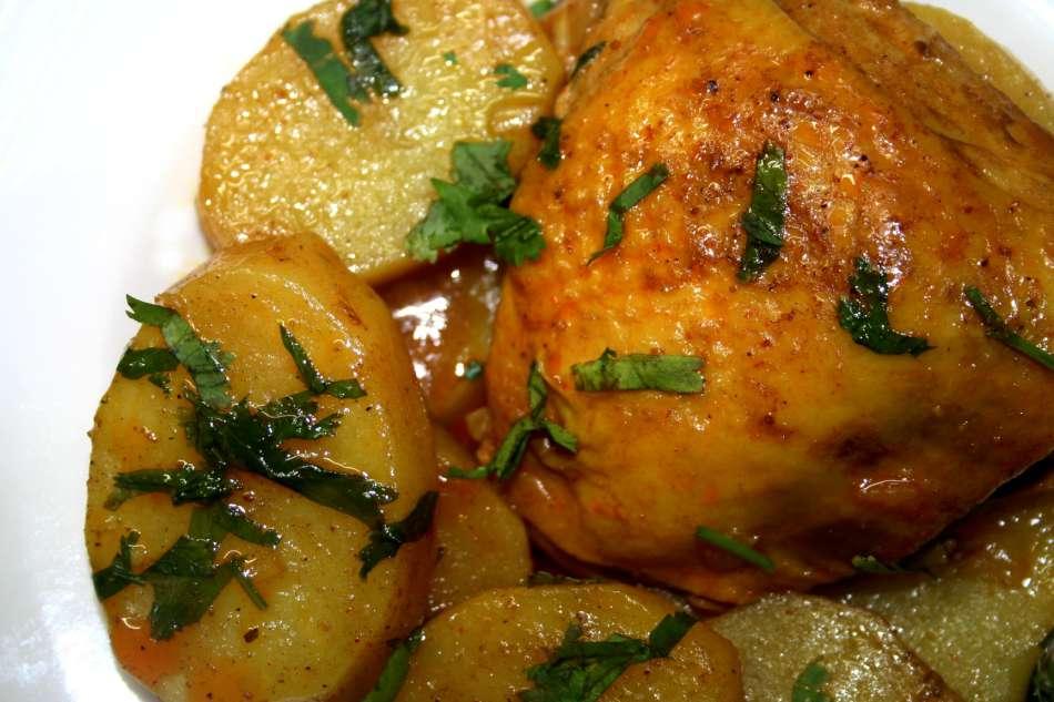 צלי עוף ותפוחי אדמה מהמטבח התימני