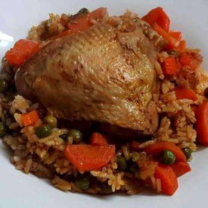 תבשיל עוף אפונה גזר ואורז בסגנון עיראקי