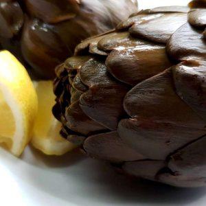 ארטישוק מבושל בלימון