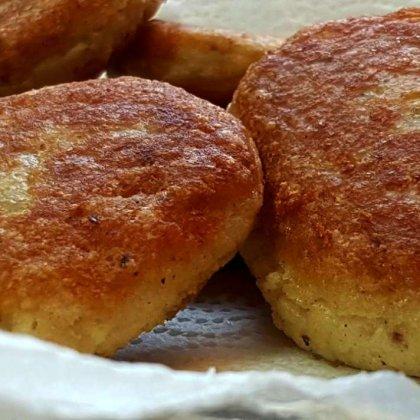 לאטקס – לביבות תפוחי אדמה וקמח מצה