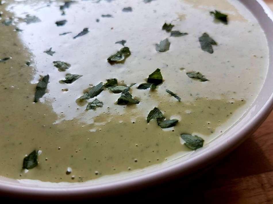 טחינה לבנונית ירוקה