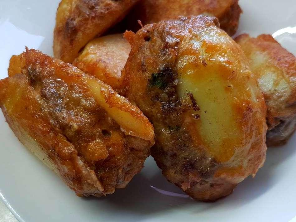 בולט - תפוחי אדמה במילוי בשר מהמטבח הטוניסאי