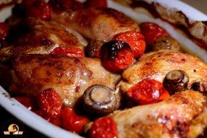 עוף פטריות ועגבניות שרי תמר בתנור