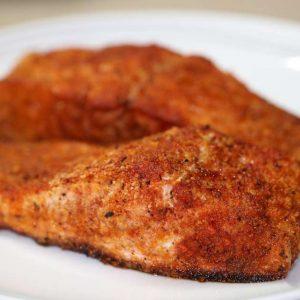 פילה דג סלמון צלוי בתנור