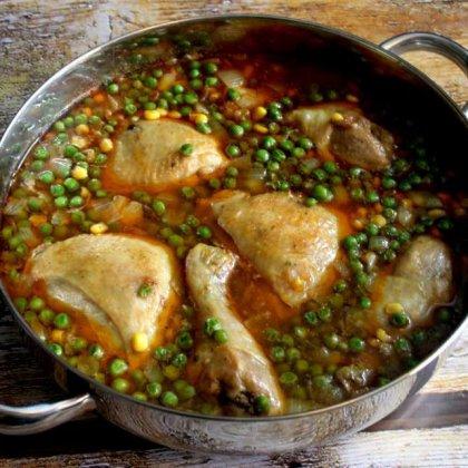 תבשיל עוף אפונה ותירס