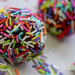 כדורי שוקולד ואמרטו משובח