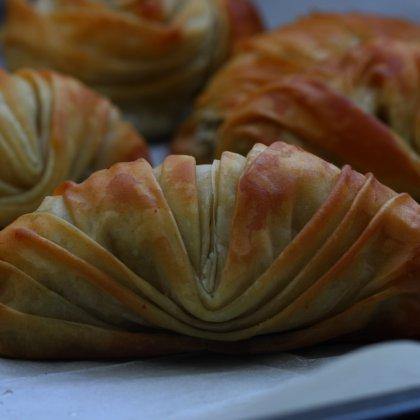 מניפות פילו במילוי פטריות ותפוחי אדמה