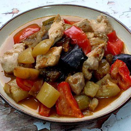 תבשיל חזה עוף וירקות